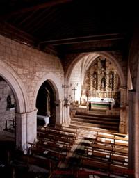 Interior de la iglesia de Revilla-Cabriada