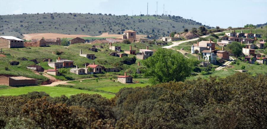Bodegas en Quintanilla de la Mata (Foto: Miguel Romero)